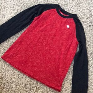 Abercrombie kids long sleeve red